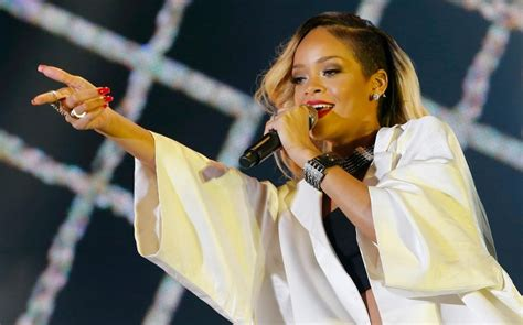 Rihanna, Anti, album review: 'Rihanna without the hits'
