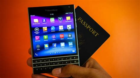 BlackBerry Passport review: A powerful, cumbersome love