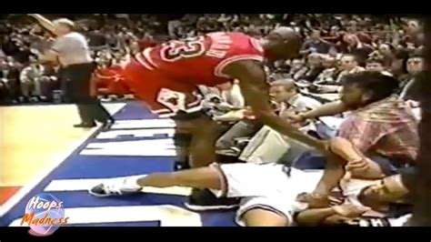 Michael Jordan Very Hard Foul to John Starks! (1996